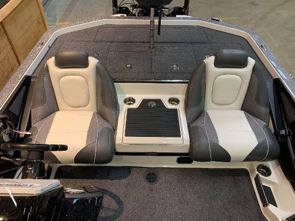 2021 Ranger Boats boat for sale, model of the boat is Z520C Ranger Cup Equipped & Image # 9 of 11