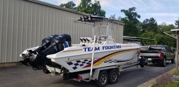 2000 Fountain boat for sale, model of the boat is 29 CC & Image # 1 of 15