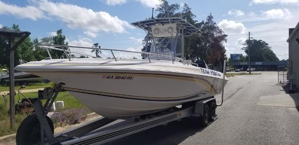 2000 Fountain boat for sale, model of the boat is 29 CC & Image # 11 of 15