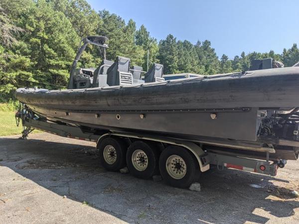 2002 Zodiac boat for sale, model of the boat is USMI 11 & Image # 3 of 12
