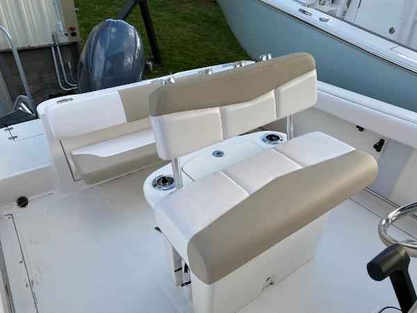 2021 Robalo boat for sale, model of the boat is R222 & Image # 3 of 10