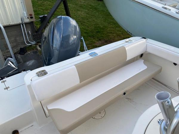 2021 Robalo boat for sale, model of the boat is R222 & Image # 4 of 10