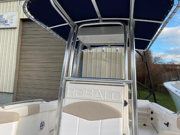 2021 Robalo boat for sale, model of the boat is R222 & Image # 8 of 10