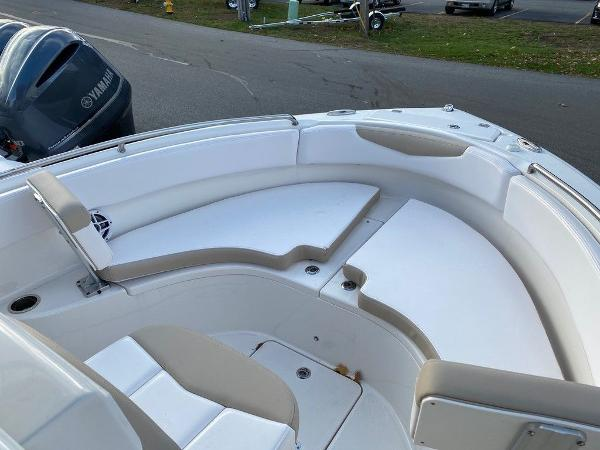 2021 Robalo boat for sale, model of the boat is R222 & Image # 10 of 10