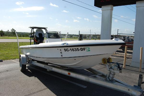 2004 Action Craft boat for sale, model of the boat is 1890SE & Image # 2 of 11
