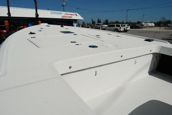 2004 Action Craft boat for sale, model of the boat is 1890SE & Image # 3 of 11