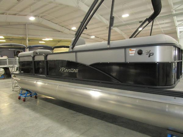 2021 Manitou boat for sale, model of the boat is RF 23 Oasis VP II & Image # 32 of 34