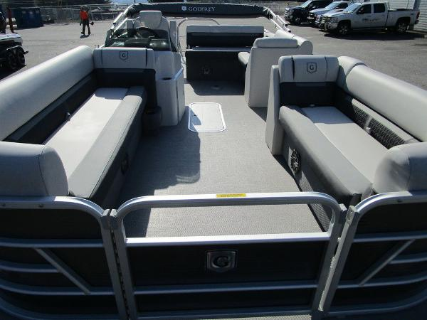 2021 Godfrey Pontoon boat for sale, model of the boat is SW 2286 SFL Sport Tube 27 in. & Image # 13 of 26