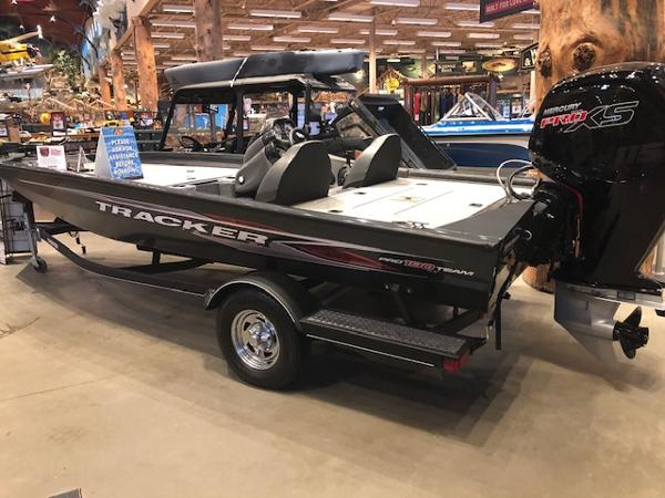2020 Tracker Boats boat for sale, model of the boat is Pro Team 190 TX & Image # 1 of 54