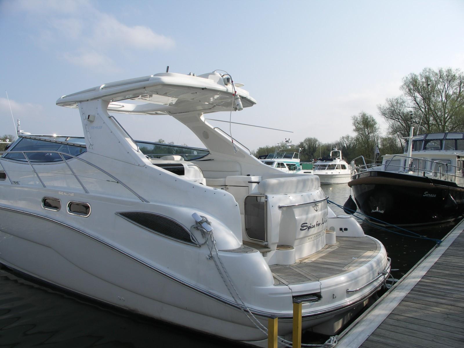 2003 Sealine S43