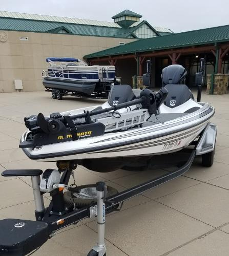 2014 Skeeter boat for sale, model of the boat is FX 21 & Image # 4 of 4