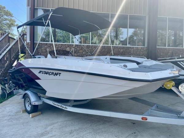 2021 STARCRAFT SVX 171 OB Deck Boat