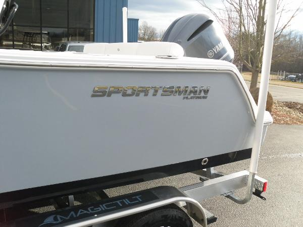2021 Sportsman Boats boat for sale, model of the boat is Heritage 231 CC & Image # 30 of 44