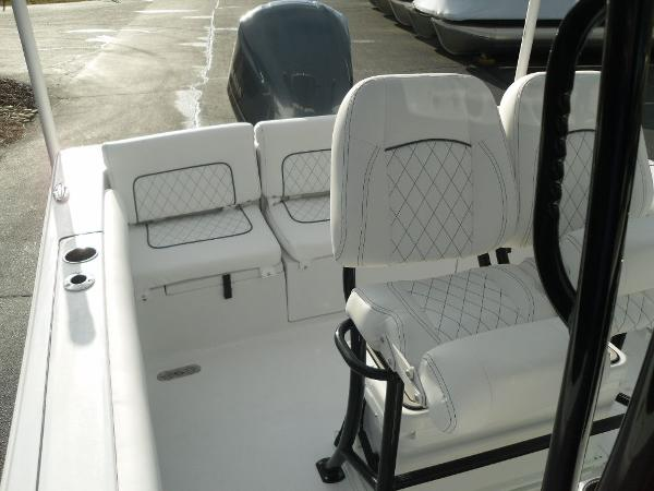2021 Sportsman Boats boat for sale, model of the boat is Heritage 231 CC & Image # 31 of 44
