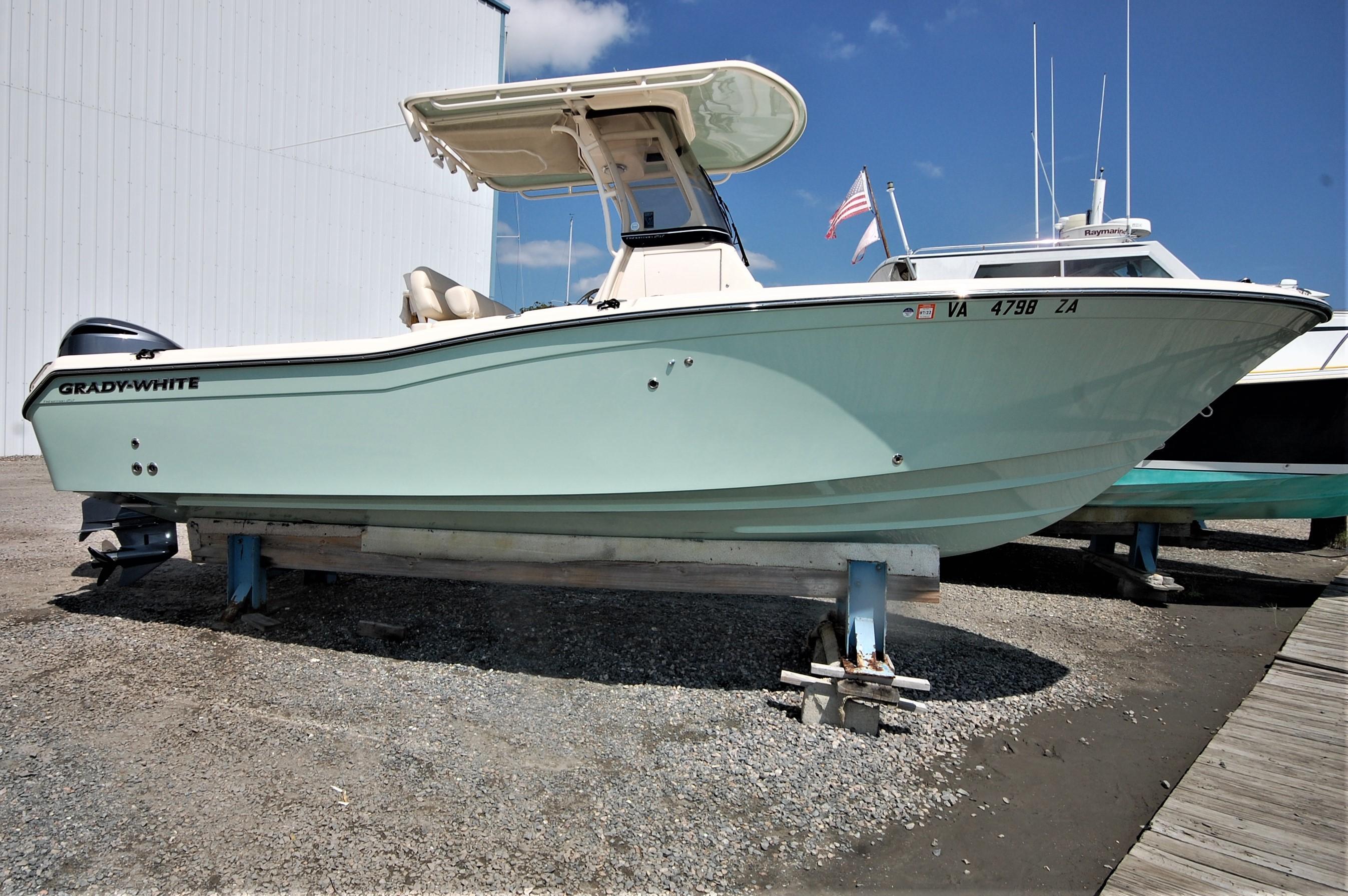 V 6460 SS Knot 10 Yacht Sales