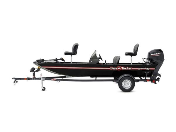 2021 Tracker Boats boat for sale, model of the boat is BASS TRACKER® Classic XL & Image # 2 of 10