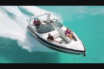 Formula 330 Crossover Bowrider video