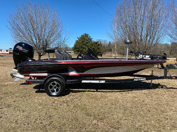 2021 Nitro boat for sale, model of the boat is Z18 Pro & Image # 2 of 24