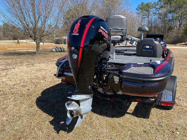 2021 Nitro boat for sale, model of the boat is Z18 Pro & Image # 10 of 24