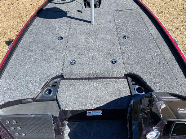 2021 Nitro boat for sale, model of the boat is Z18 Pro & Image # 14 of 24