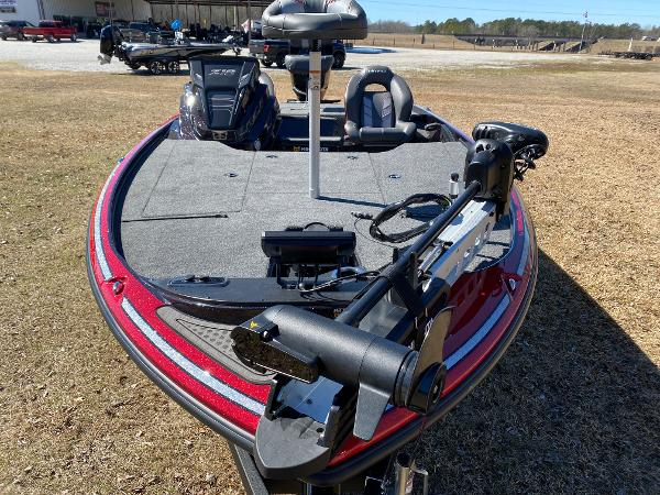 2021 Nitro boat for sale, model of the boat is Z18 Pro & Image # 23 of 24