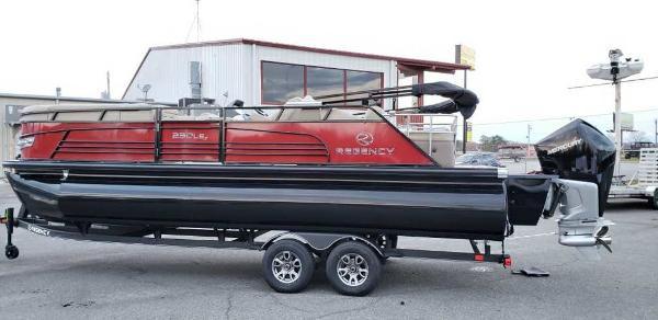 2021 Regency boat for sale, model of the boat is 230 LE3 Sport & Image # 1 of 24