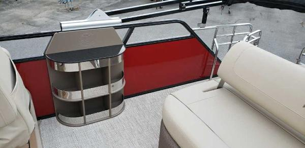 2021 Regency boat for sale, model of the boat is 230 LE3 Sport & Image # 7 of 24