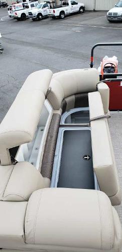 2021 Regency boat for sale, model of the boat is 230 LE3 Sport & Image # 20 of 24