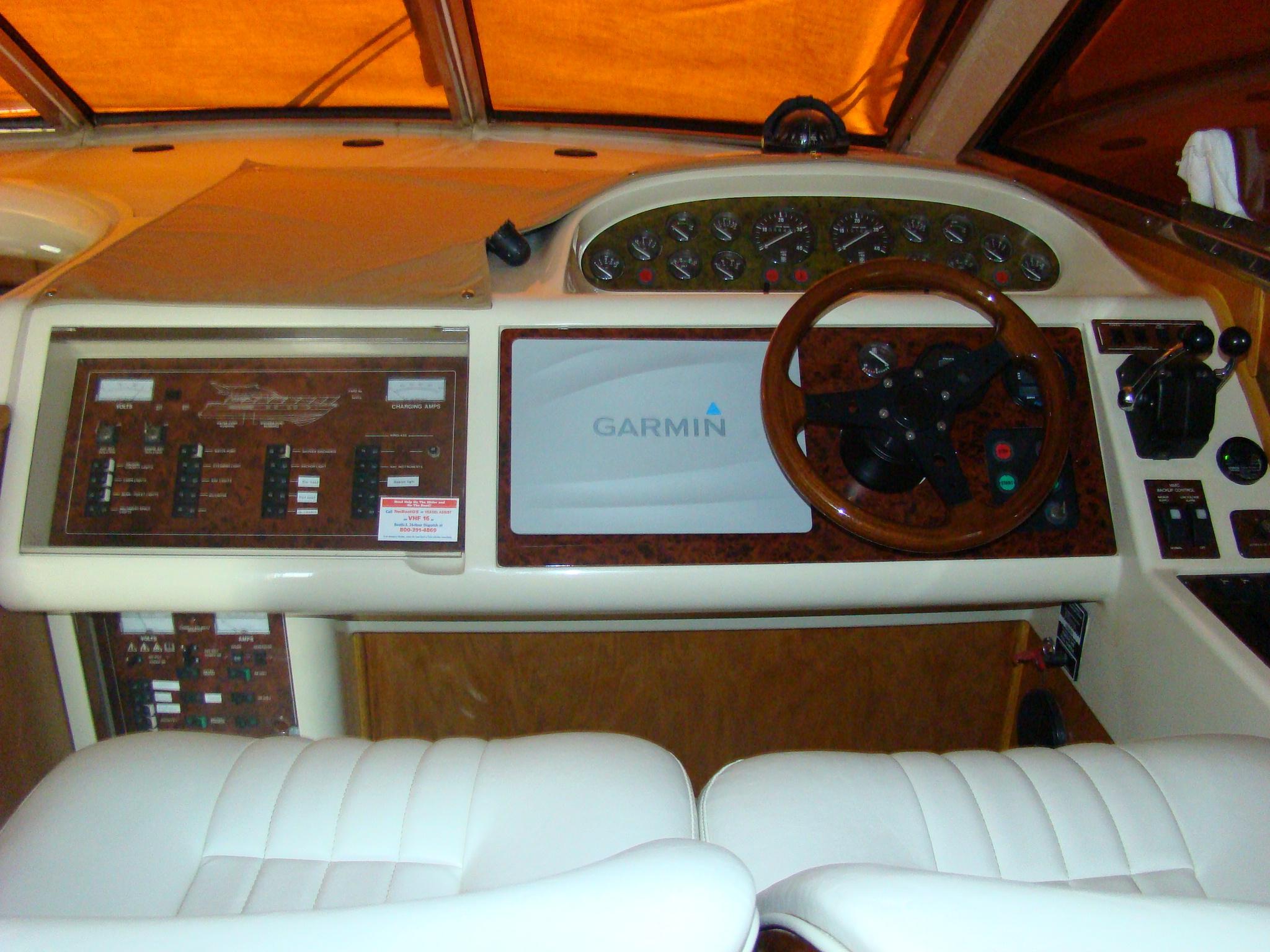 Viking Princess V50 - Inside Helm