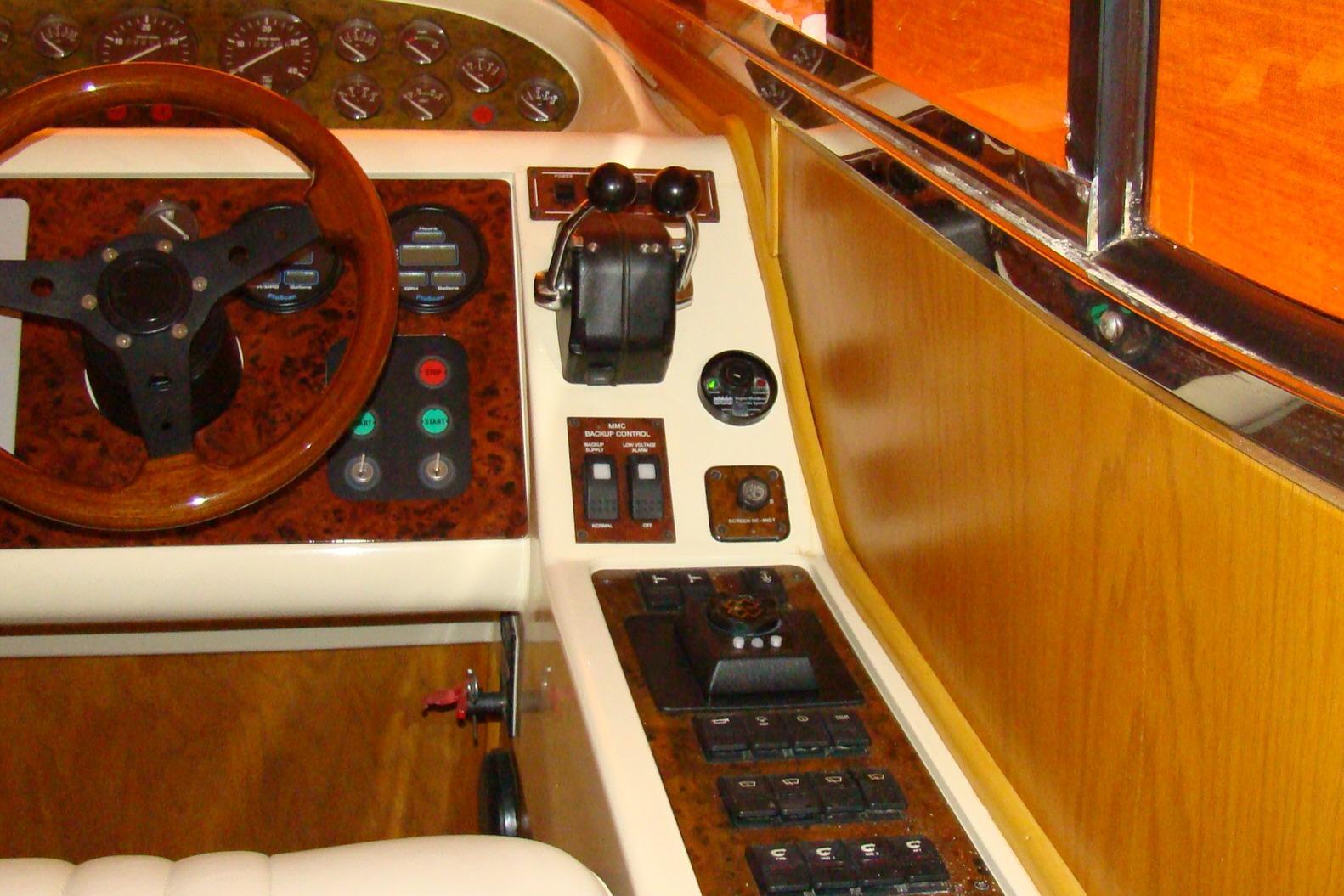 Viking Princess V50 - Inside Helm 2