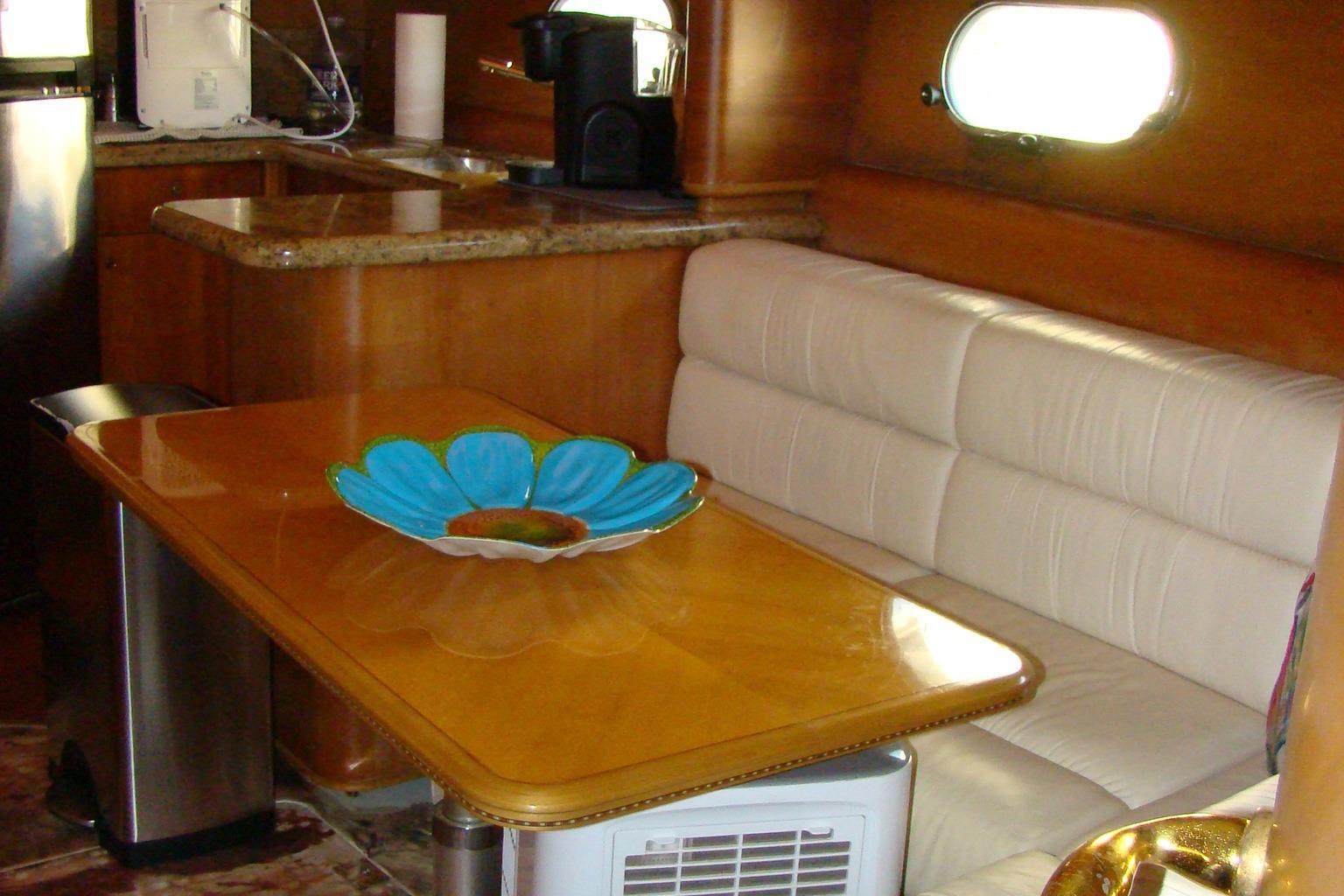 Viking Princess V50 - Dinette Seating