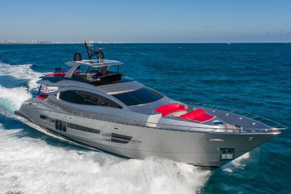 2014 Lazzara Yachts Motor Yacht