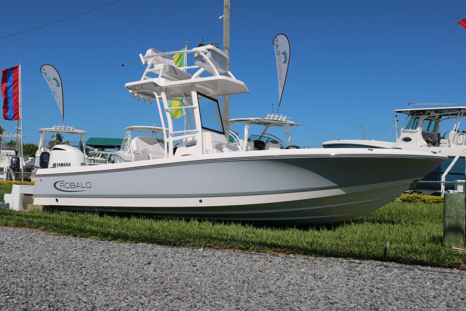 2020 ROBALO 246 Cayman SD