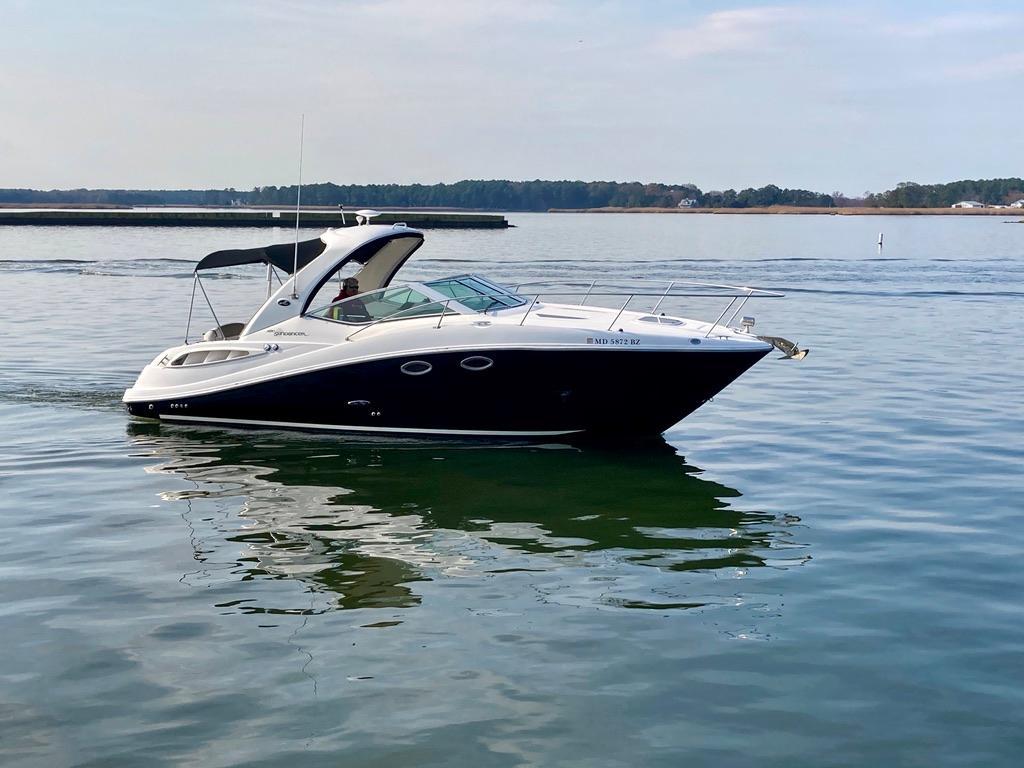 M 5844 WT Knot 10 Yacht Sales