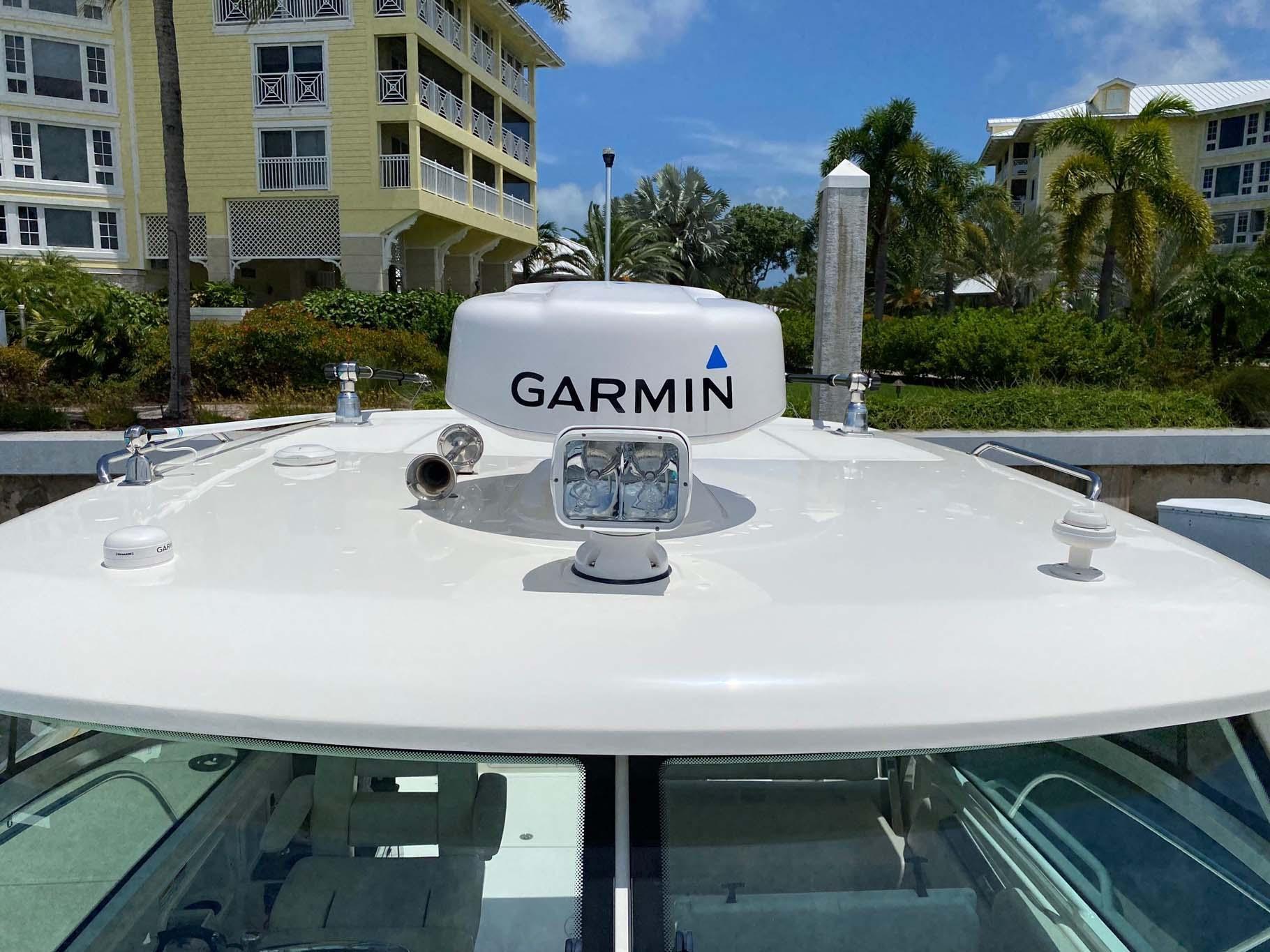 Hardtop with Radar Dome and Spotlight