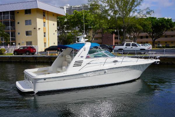 34' Sea Ray 340 Amberjack