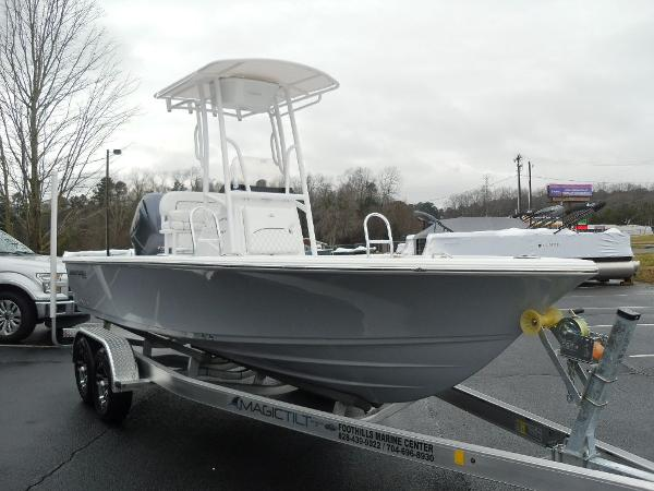 2021 Sportsman Boats boat for sale, model of the boat is Masters 207 Bay Boat & Image # 5 of 31