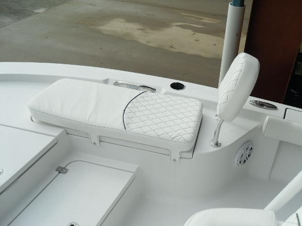 2021 Sportsman Boats boat for sale, model of the boat is Masters 207 Bay Boat & Image # 10 of 31
