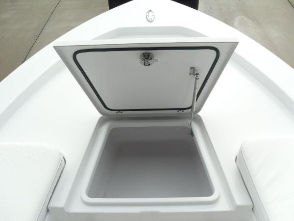 2021 Sportsman Boats boat for sale, model of the boat is Masters 207 Bay Boat & Image # 12 of 31