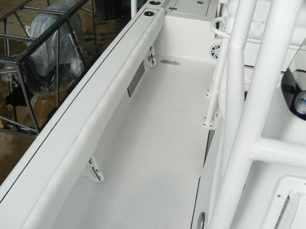 2021 Sportsman Boats boat for sale, model of the boat is Masters 207 Bay Boat & Image # 14 of 31