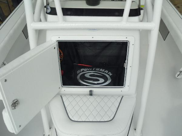2021 Sportsman Boats boat for sale, model of the boat is Masters 207 Bay Boat & Image # 25 of 31
