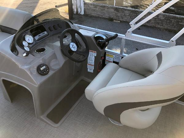 2021 Sun Tracker boat for sale, model of the boat is Party Barge 18 DLX & Image # 18 of 23