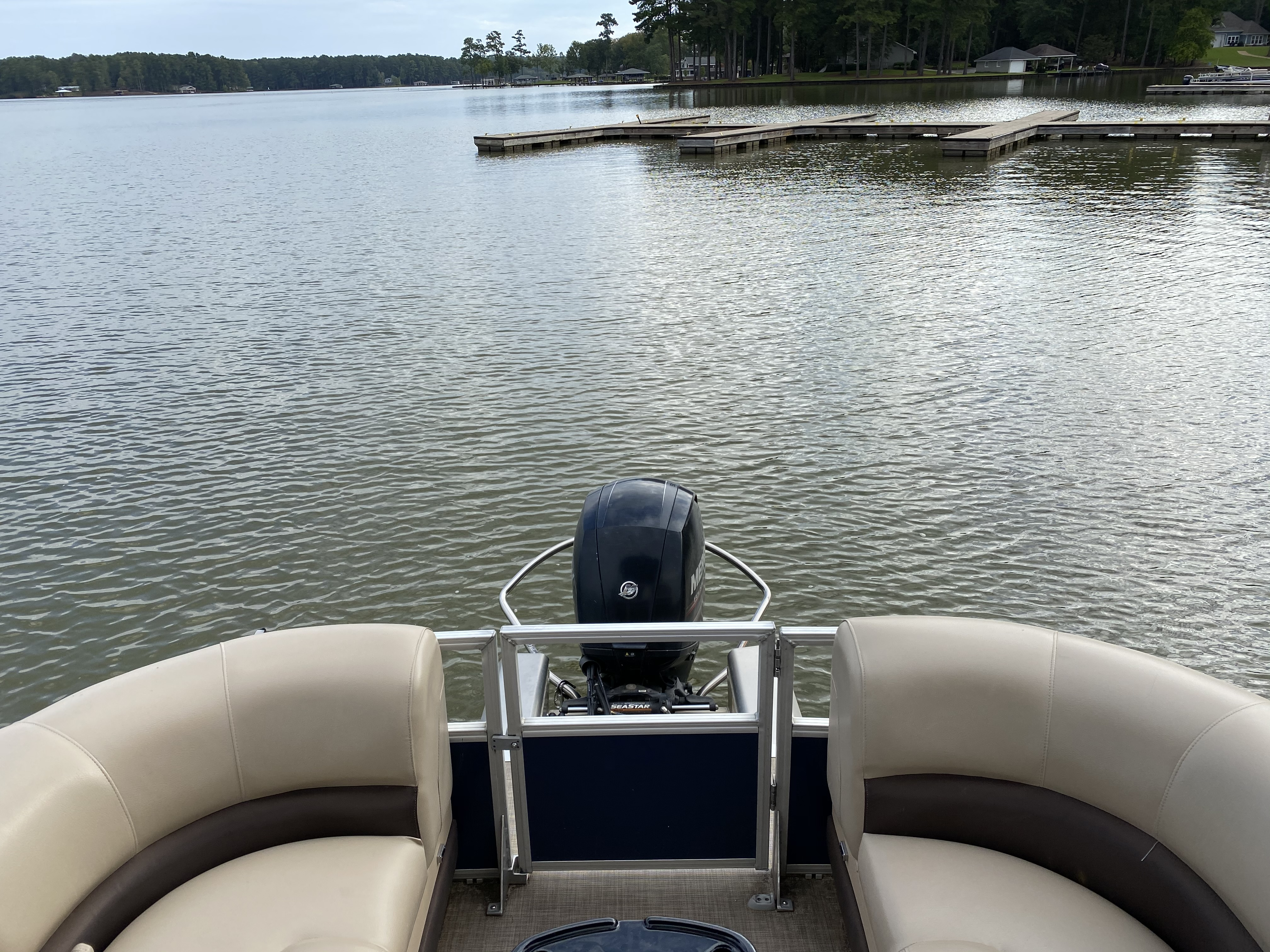 2019 Sun Tracker boat for sale, model of the boat is PARTY BARGE 24 XP3 w/ Mercury 150Hp 4S & Image # 14 of 24