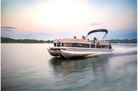 2019 Sun Tracker boat for sale, model of the boat is PARTY BARGE 24 XP3 w/ Mercury 150Hp 4S & Image # 18 of 24