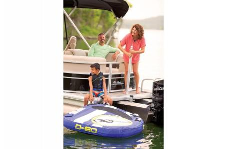 2019 Sun Tracker boat for sale, model of the boat is PARTY BARGE 24 XP3 w/ Mercury 150Hp 4S & Image # 12 of 24