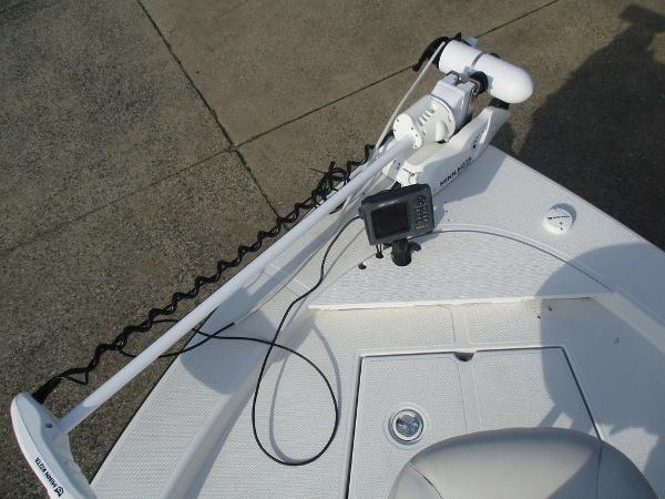 2004 Ranger Boats boat for sale, model of the boat is 2300 Bay & Image # 9 of 10