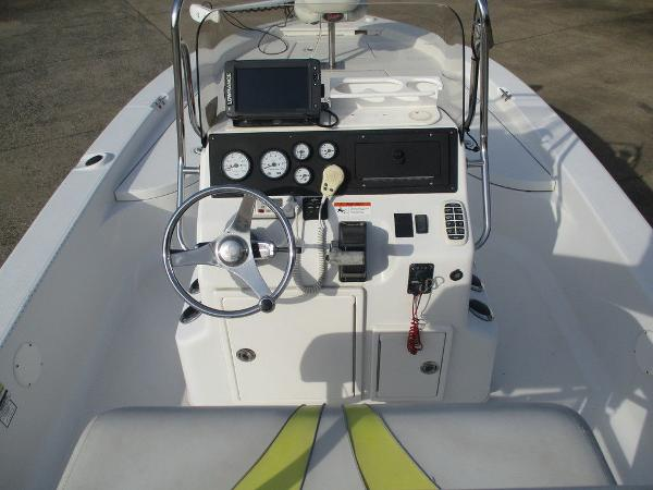 2004 Ranger Boats boat for sale, model of the boat is 2300 Bay & Image # 10 of 10