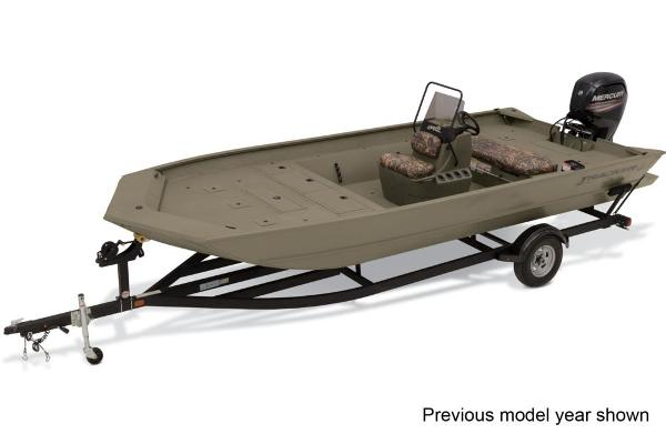 2022 Tracker Boats boat for sale, model of the boat is Grizzly 2072 CC & Image # 1 of 3