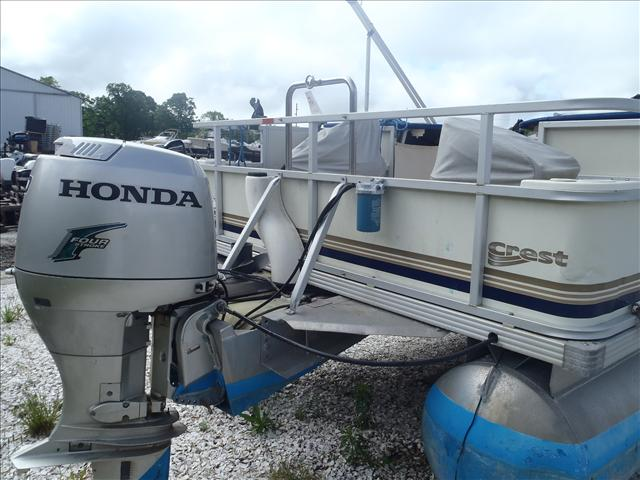 2002 Crest boat for sale, model of the boat is Fisherman 22' & Image # 8 of 10