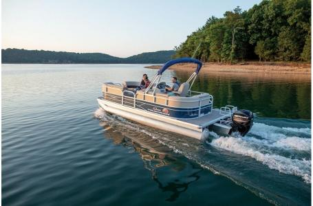 2019 Sun Tracker boat for sale, model of the boat is PARTY BARGE 22 w/ Mercury 115Hp 4S & Image # 6 of 22